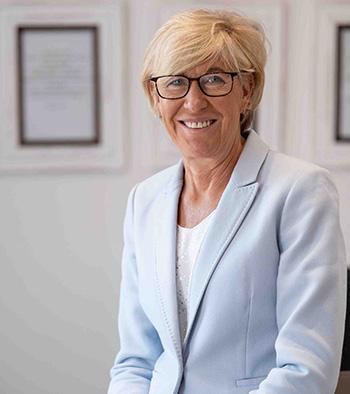 Lorraine Srage